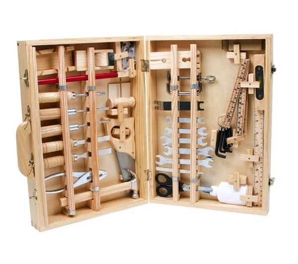 cr ation d 39 une caisse outils en bois astuces bricolage. Black Bedroom Furniture Sets. Home Design Ideas
