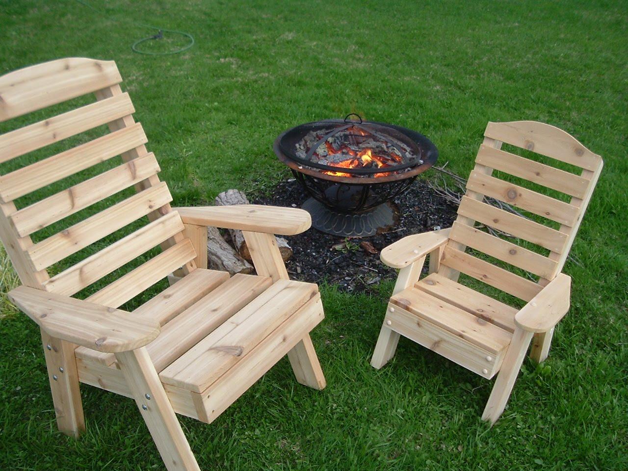 construire une chaise ext rieure pour les enfants astuces bricolage. Black Bedroom Furniture Sets. Home Design Ideas