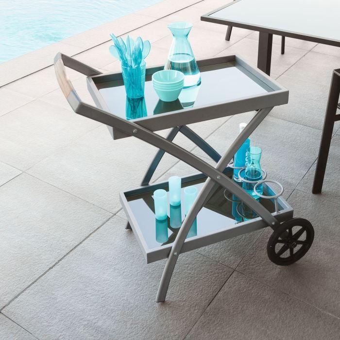 craqueler un plateau de desserte astuces bricolage. Black Bedroom Furniture Sets. Home Design Ideas