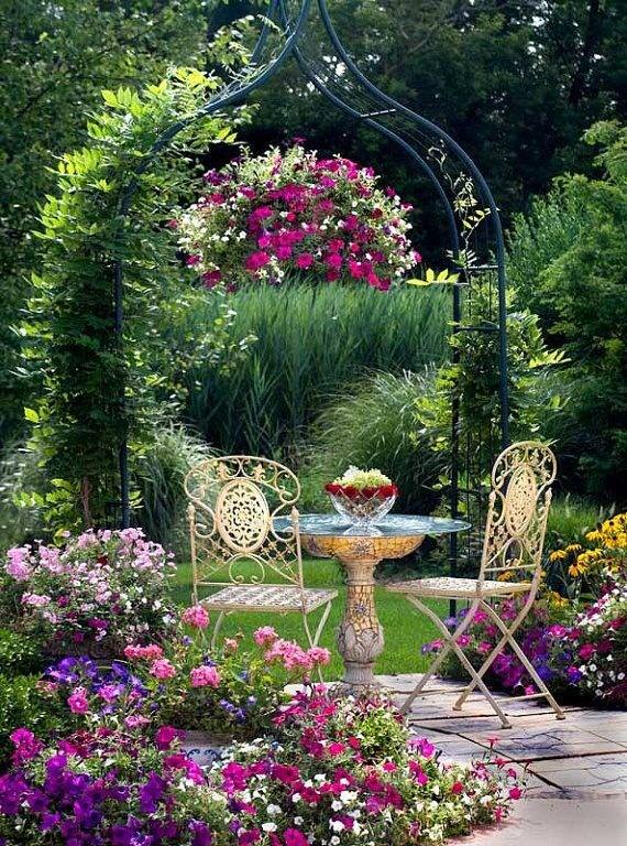 Les outils du jardinage astuces bricolage - Astuce bricolage jardin ...