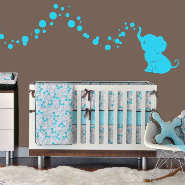 chambre bebe decoration murale