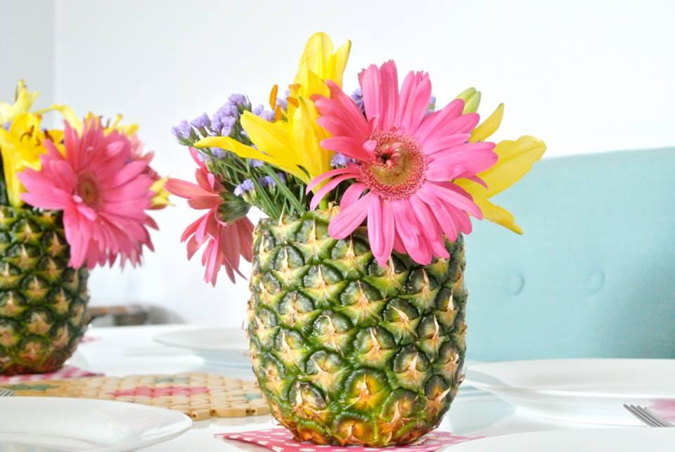 cr er un vase avec la pelure d 39 ananas astuces bricolage. Black Bedroom Furniture Sets. Home Design Ideas