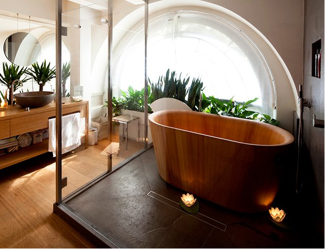 Le bois s invite dans la salle de bain astuces bricolage for Salle de bain style loft