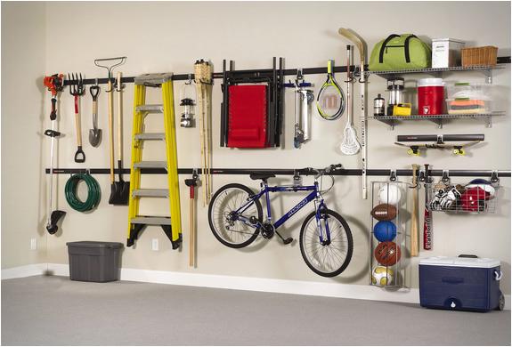 astuces rangements dans le garage astuces bricolage. Black Bedroom Furniture Sets. Home Design Ideas