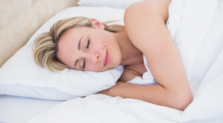 comment choisir un bon oreiller pour un bon sommeil astuces bricolage. Black Bedroom Furniture Sets. Home Design Ideas