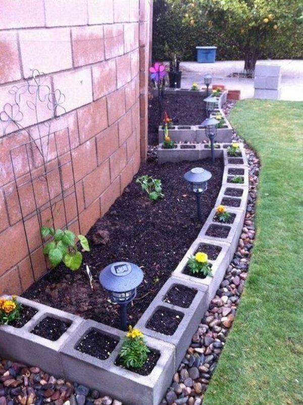 Des id es originales de bordures de jardin astuces for Bordurette de jardin