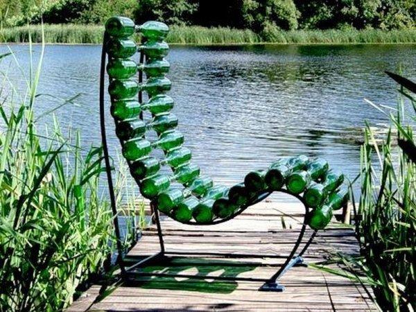 Des bancs de jardin crées avec des objets récupérés! - Astuces ...
