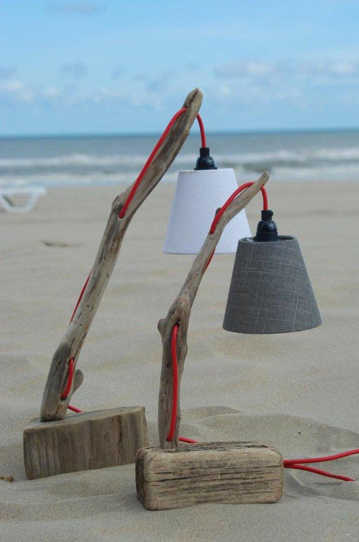 10 mod les de lampadaire cr es avec du bois flott astuces bricolage. Black Bedroom Furniture Sets. Home Design Ideas