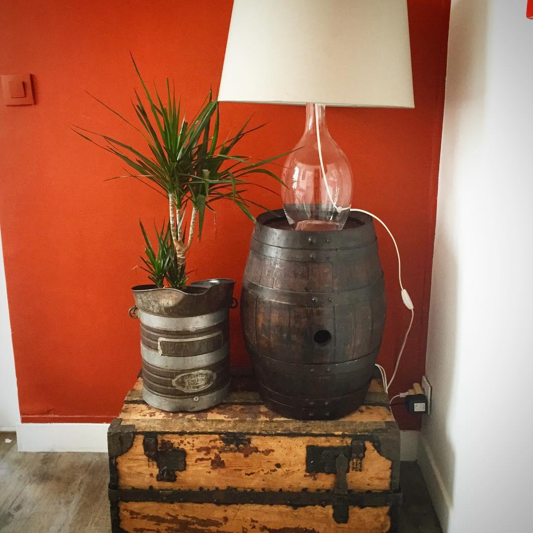 recyclage tonneau salon de jardin en tonneau avec salon de jardin en tonneau trendy with. Black Bedroom Furniture Sets. Home Design Ideas