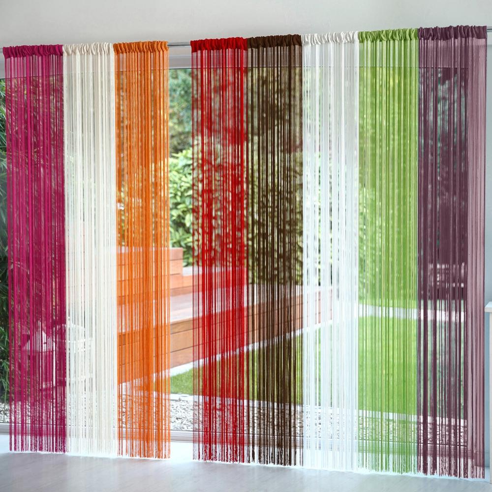 comment fabriquer un rideau de fil avec des rubans astuces bricolage. Black Bedroom Furniture Sets. Home Design Ideas