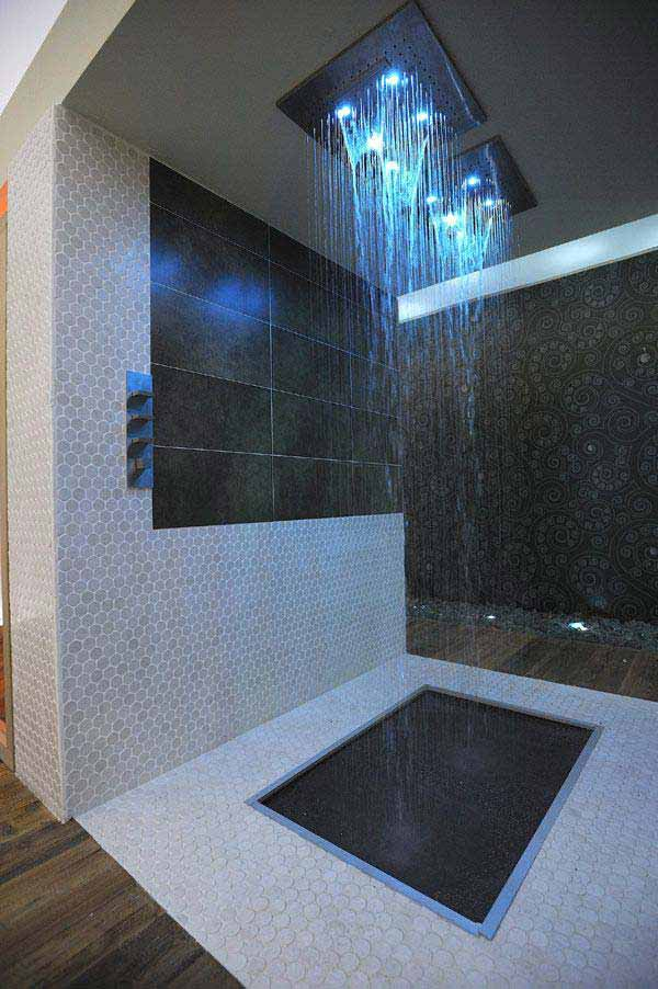 Rain-Showers-Bathroom-ideas-woohome-1