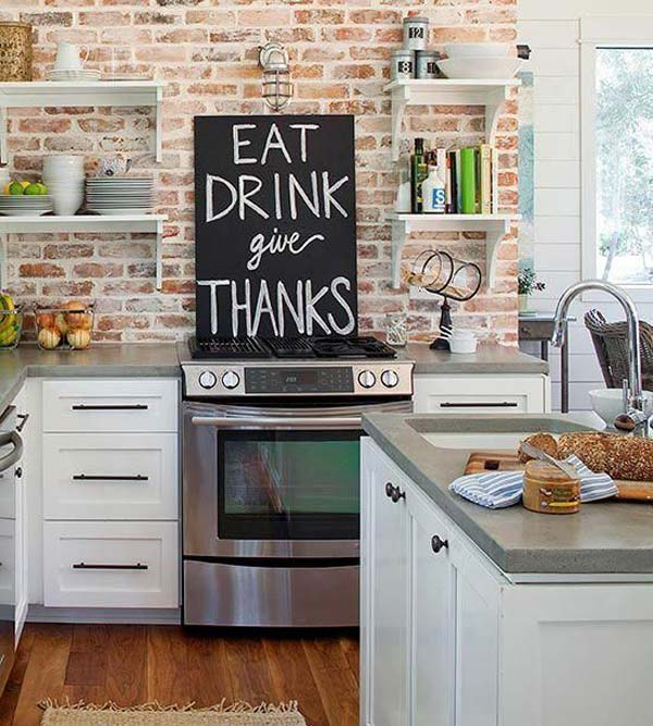 chalkboard-on-kitchen-05