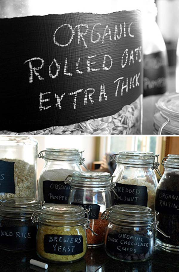 chalkboard-on-kitchen-12