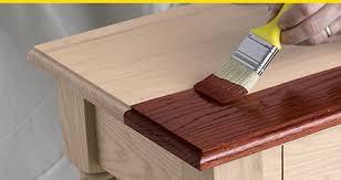 des astuces pratiques pour teinter les meubles astuces bricolage. Black Bedroom Furniture Sets. Home Design Ideas