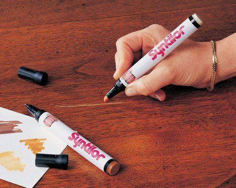 tache crayons bois