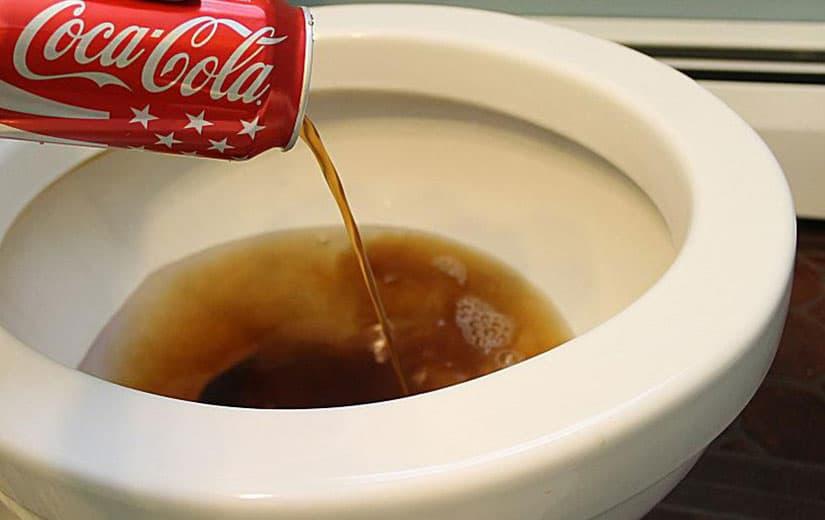 nettoyage salle de bain coca cola