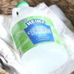 Pourquoi le vinaigre blanc est-il important pour le lavage du linge ?